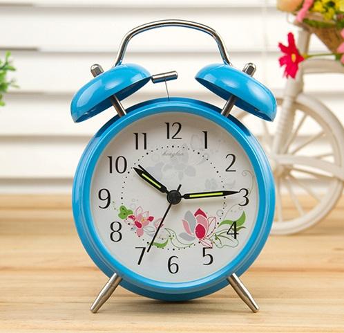 小闹钟-可爱金属闹钟创意学生静音床头简约儿童卧室闹钟